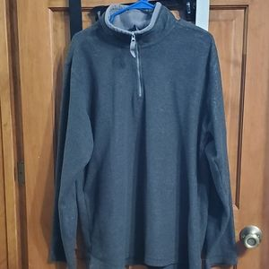 Champs Sports Sweater Size Large